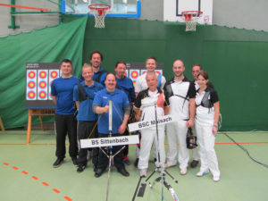 Nach dem Match: Sittenbach und Maisach zum Gruppenfoto